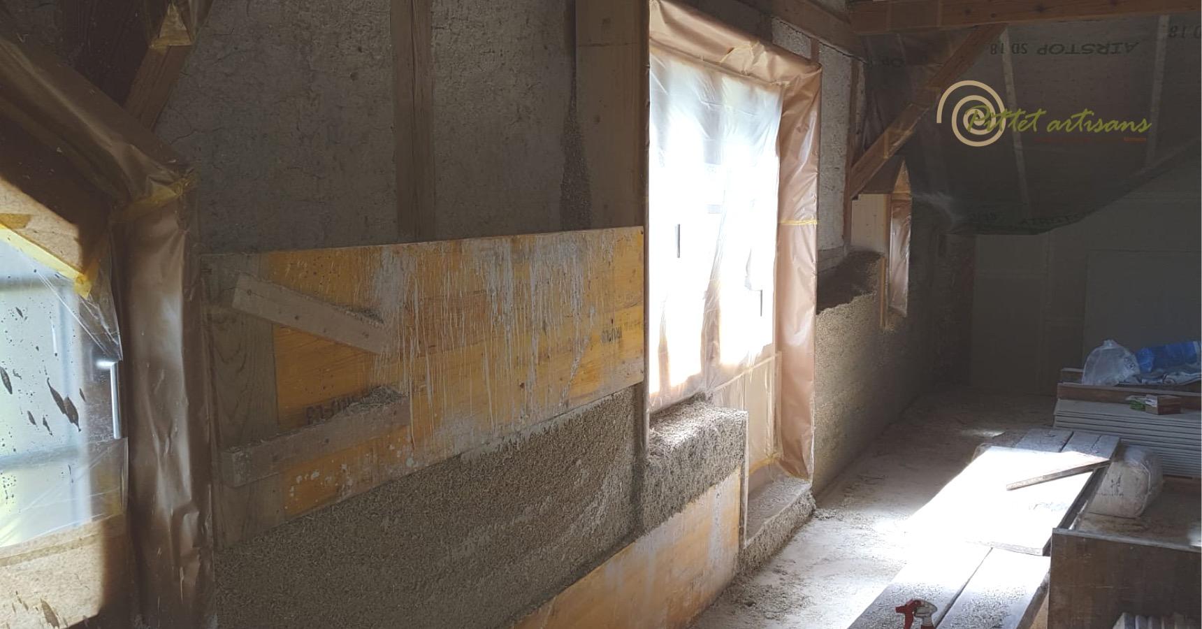 Doublage chanvre intérieur projeté en cours de travaux